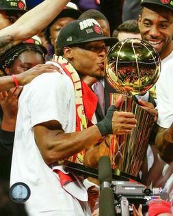 Kyle Lowry Toronto Raptors NBA Championship Trophy Kiss 8X10