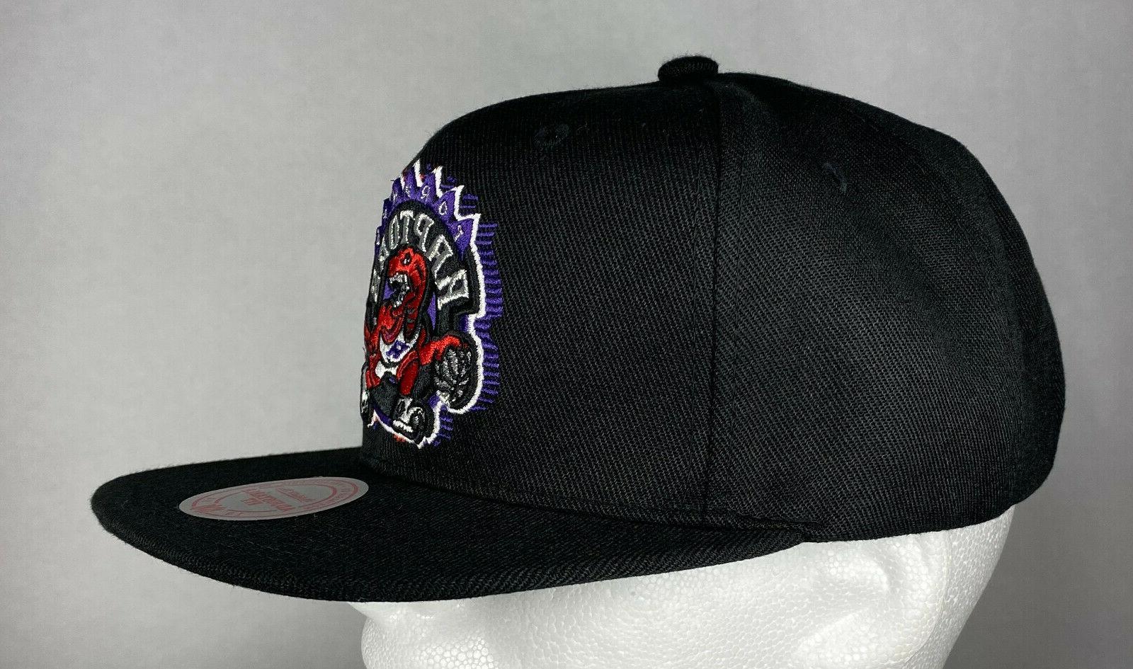 Mitchell and Ness NBA Toronto Raptors HWC Logo Hat, New