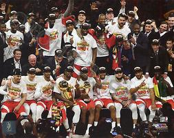Toronto Raptors Celebrate 2019 NBA Championship Finals 8x10